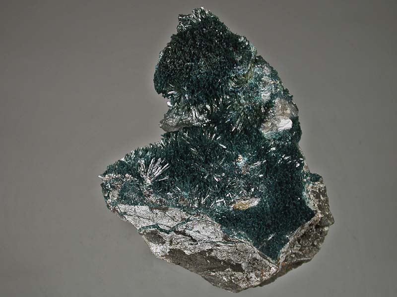 Gormanite, Quartz, Siderite