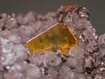 Wulfenite, HemimorphiteArizona -79 Mine, Gila County