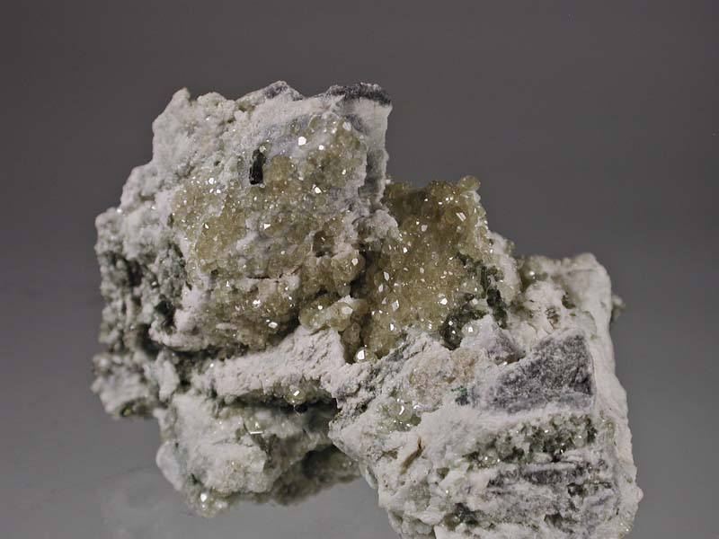 Grossular, Vesuvianite